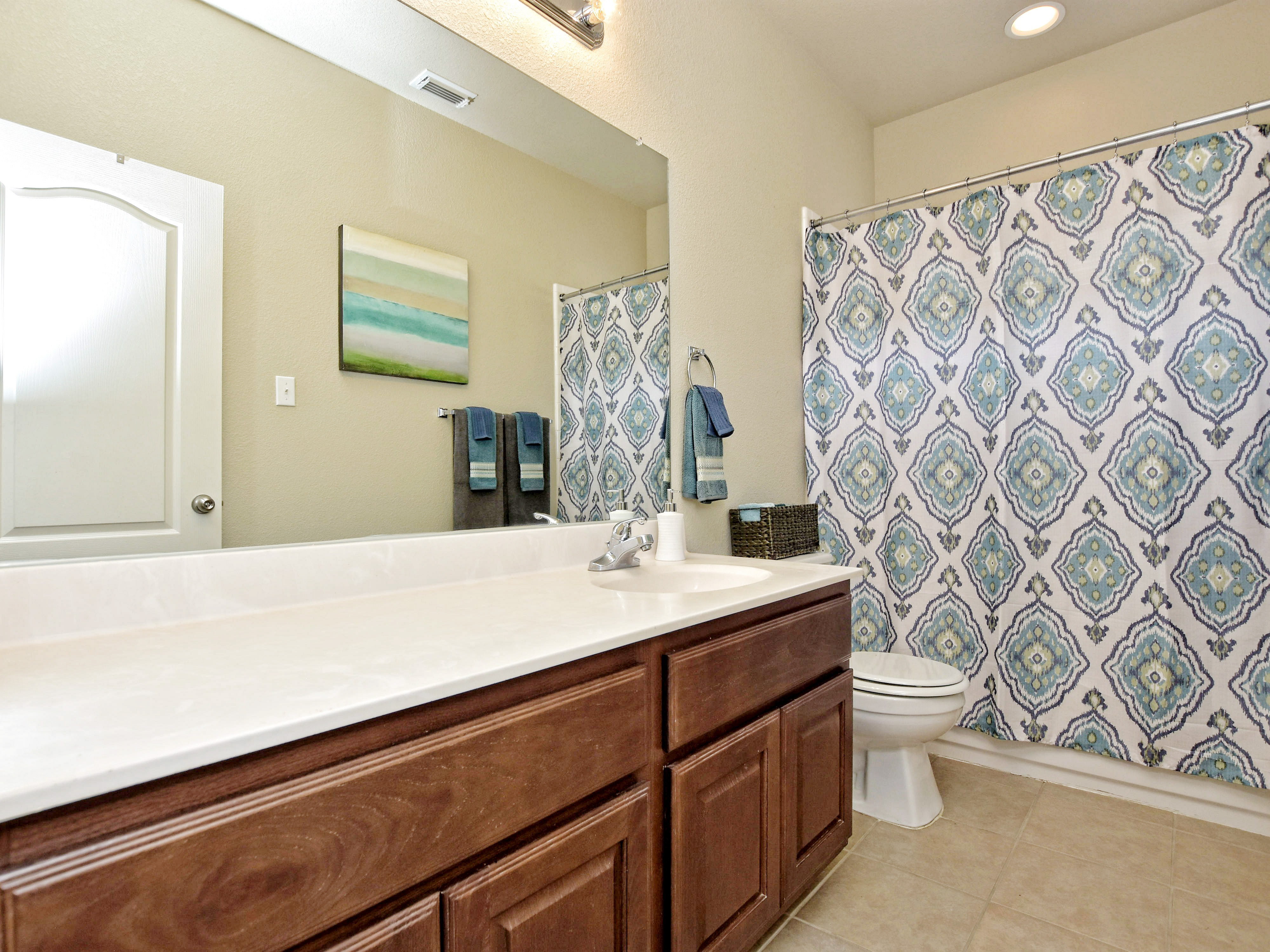 022_2nd Bathroom