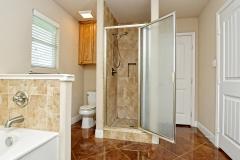 020_Master-Bathroom-3