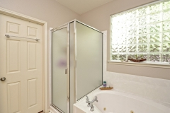 019_Master-Bathroom-2