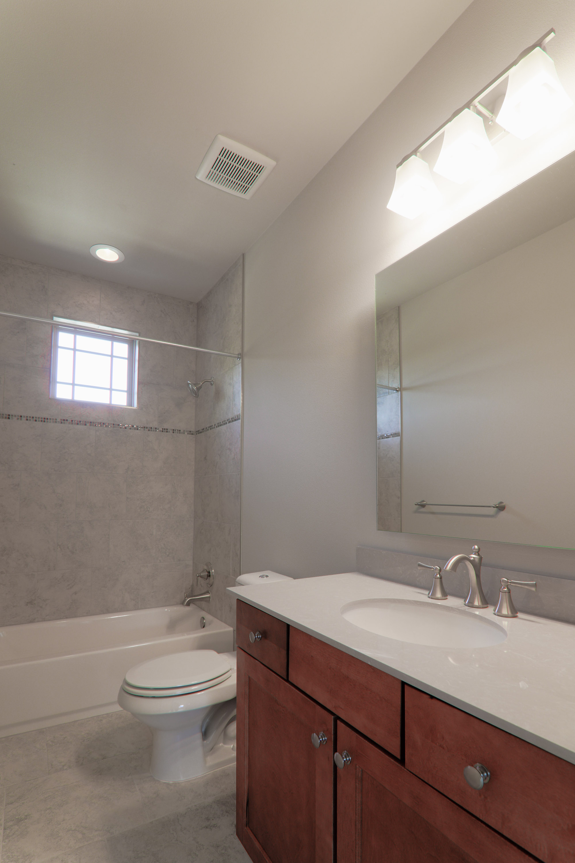 2609_AW__Secondary Bathroom