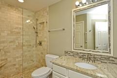 022_2nd-Bathroom
