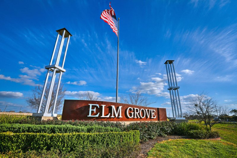 Elm Grove Sign/Entry to Neighborhood
